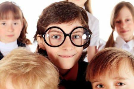 build a child's self-esteem - 2houses