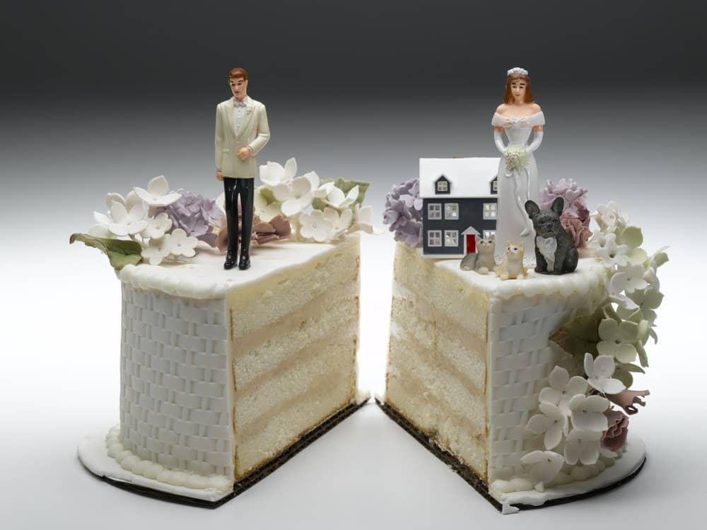divorce - 2houses