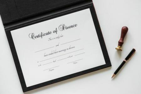 2houses - Web & application mobile pour le divorce avec enfants - maman et papa divorcent et refait sa vie
